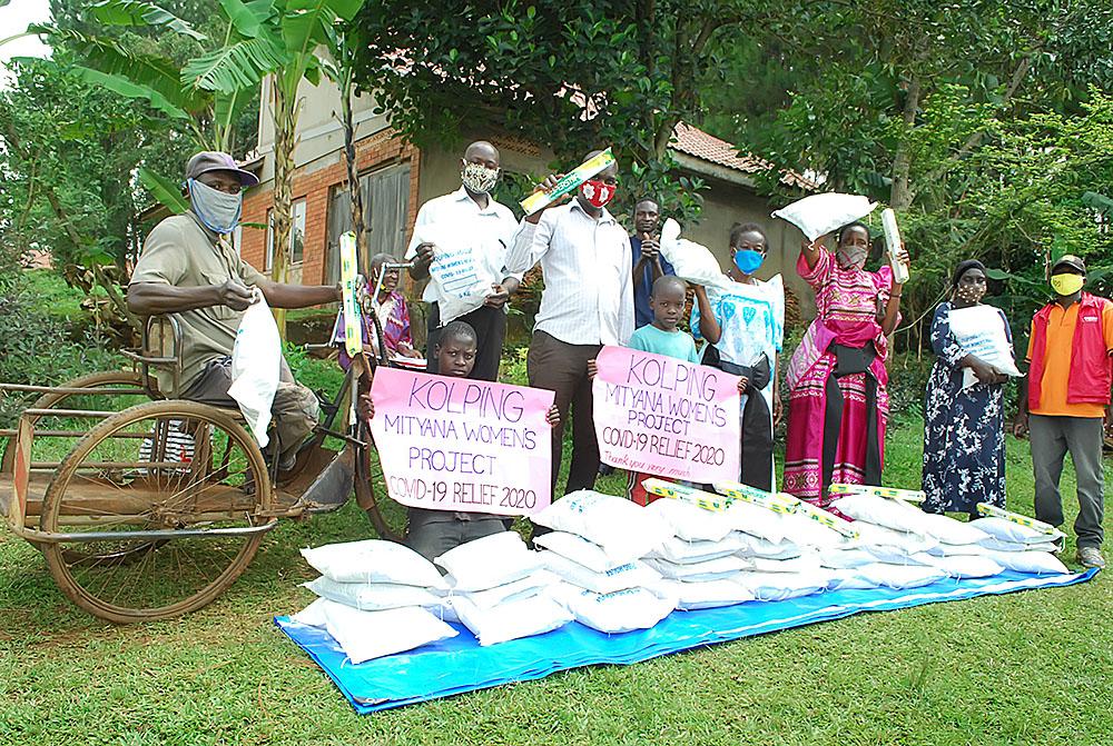 Uganda Kolping hilft Aidswaisen und ihren Pflegefamilien